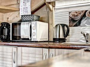 A kitchen or kitchenette at Osada Harenda