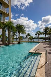 The swimming pool at or near Mare Azur Miami Luxury Apartments by Grand Bay