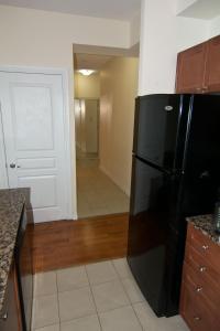 Køkken eller tekøkken på Maplewood Furnished Suites