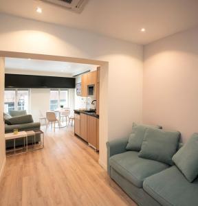 Ein Sitzbereich in der Unterkunft Apart 2 Opera New 2-3 Rooms for 6 guests