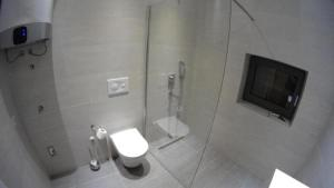 A bathroom at Apartment SlopeStyle Bjelasnica
