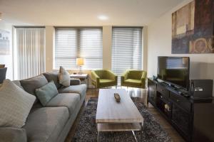 Zona de estar de Stay Alfred on Washington Street