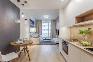 Kuchnia lub aneks kuchenny w obiekcie Apartament 24 - OVO