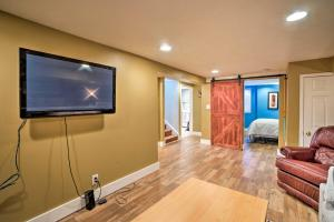 A television and/or entertainment centre at Sunnyside Apartment 3 Mi. to Downtown Denver!