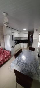 Una cocina o zona de cocina en Residencial Wolff
