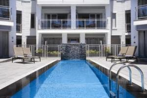 The swimming pool at or close to The Waterfront Suites - Heritage Collection