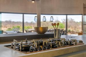 A kitchen or kitchenette at Elephant Point