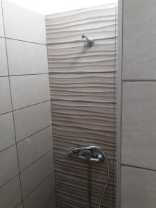 A bathroom at Harbour View - Oceanis Apartments