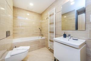 Ein Badezimmer in der Unterkunft REZIDENCE U VLTAVY