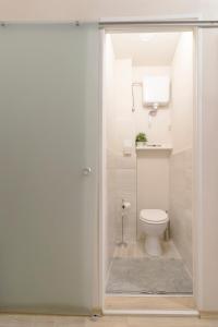 Ein Badezimmer in der Unterkunft Charming apartment close to city centre