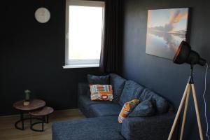 Een zitgedeelte bij Wijnberg Appartementen
