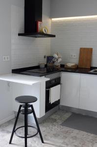 A kitchen or kitchenette at Sun House