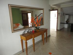 A television and/or entertainment center at Apartamento Portinari