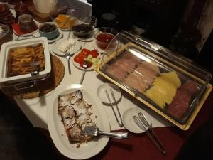 Breakfast options available to guests at Heliotopos Apartments