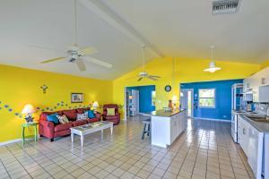 Oceanfront Northside Villa w/Sun Porch & Pvt Beach