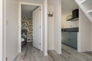 Een keuken of kitchenette bij Appartementen Parkzicht