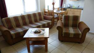 Ein Sitzbereich in der Unterkunft Ferienpark Bernstein