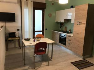 A kitchen or kitchenette at Ilgalletto