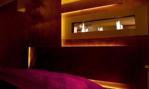 Ein Bett oder Betten in einem Zimmer der Unterkunft Boutique Apartment next to Stadium Letzigrund - by Airhome