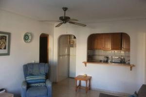 Beach Flat close to and bars lovely family friendly complex