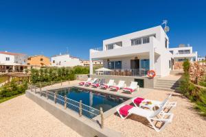 Aguamarina 4 bedroom villa, Cala'n Forcat