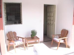 Uma área de estar em Villa Manary