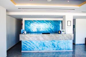 De lobby of receptie bij Sunshine Hotel Tigaki