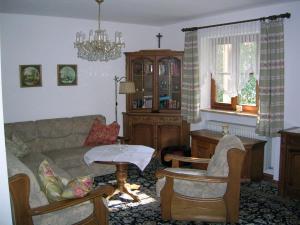 Ein Sitzbereich in der Unterkunft Ferienappartements Hans Mauerer