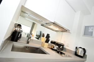 Cuisine ou kitchenette dans l'établissement Staycity Aparthotels Greenwich High Road