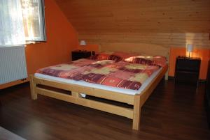 A bed or beds in a room at Aniel Privat