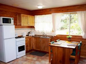 A kitchen or kitchenette at Pinevalley