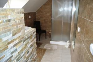 Kupatilo u objektu Apartmány u Petry
