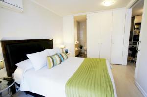 Cama ou camas em um quarto em Alto Lyon