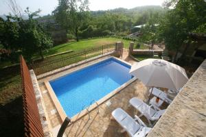 A view of the pool at Villa Maria or nearby