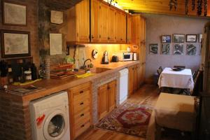 A kitchen or kitchenette at Stone House with Garden in Cunda/Ayvalik