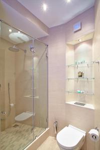 A bathroom at Apartment on Zagorodny avenue 22