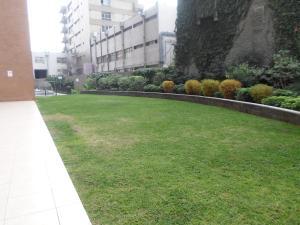 Jardín al aire libre en Suites San Isidro