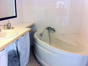 Ein Badezimmer in der Unterkunft Les Argonautes