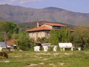 Casa Rural Ropino