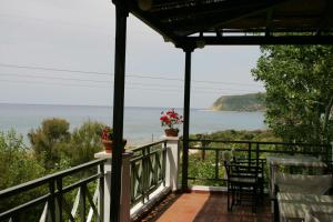 A balcony or terrace at Mounda Beach Hotel