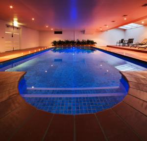 The swimming pool at or near Canberra Parklands Central Apartment Hotel
