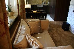 Część wypoczynkowa w obiekcie Old Muranow Apartment by WarsawResidence Group