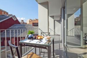 A balcony or terrace at Charmsuites Paralel