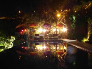 A piscina em ou perto de Dazkarizeh73