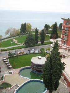 Вид на бассейн в Vadim Apartments in Panorama Beach Vigo Nessebar или окрестностях