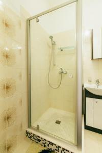 A bathroom at Riga Street Apartments in Valmiera - 20