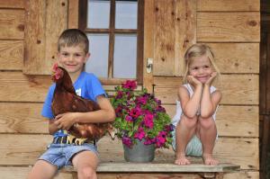 Children staying at Ferienwohnungen an der Sägemühle
