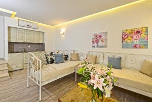 אזור ישיבה ב-Princess Irini Sea Front ApartHotel