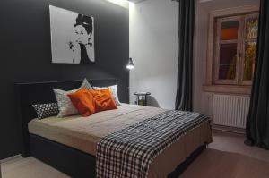 A bed or beds in a room at Apartment Napoleon