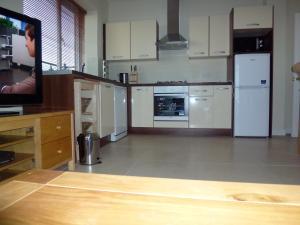 A kitchen or kitchenette at Mayeston Rise
